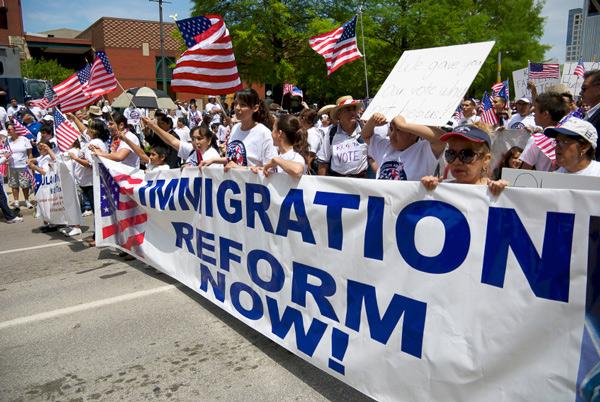 Projeto dos republicanos dificulta legalização de imigrantes