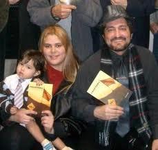 Este blogueiro e sua família, em 2008, no lançamento do livro, em Framingham (MA)